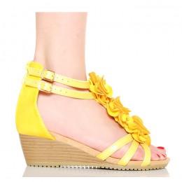Sandały Żółte Kobiece Różyczki Na Koturnie