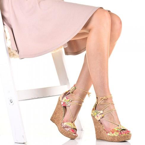 nie - Sandały Kolorowe na Korku Modnie Wiązane - Red 5477