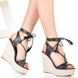 Sandały Czarne Na Sznurkowej Koturnie Gladiatorki