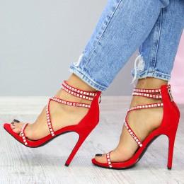 Sandały Czerwone Subtelne Srebrne Kamienie 7402