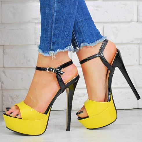 nie - Sandały Lakierowana Czarno Zółta Kobiecość 7447