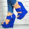 Sandały Kobaltowy Zamsz Na Lakierowanym Pasku 7551