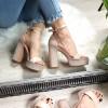 Sandały Beżowe Zamszowe Paski Słupek 8253