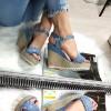 Sandały Niebieskie Na Koturnie Falbanka 8318