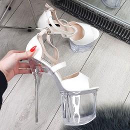 Sandały Biały Lakier Na Wysokiej Przeźroczystej Platformie 9251
