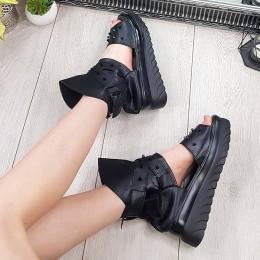 Sandały Czarne na Platformie w Kolce 9312