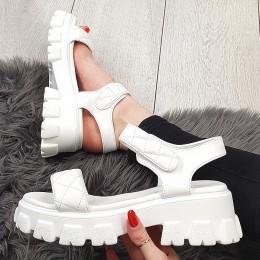 Sandały Białe Pikowane Na Rzepe - Traper 9357
