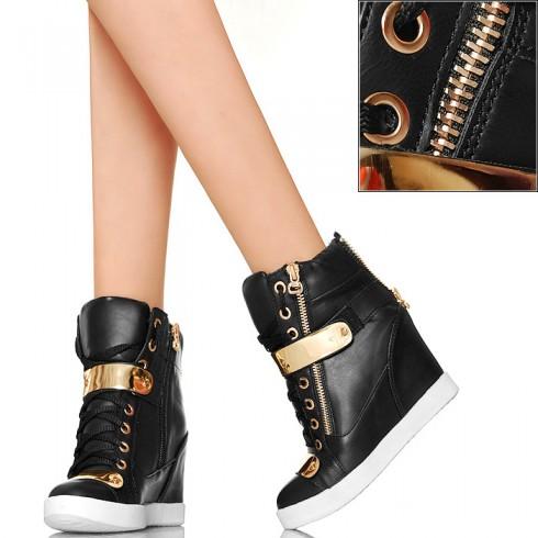 nie - Czarne Sneakersy - Złote Zdobienia