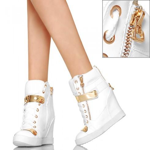 nie - Białe Sneakersy - Złote Zdobienia