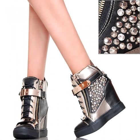 NIE - EXKLUSIV Czarne Sneakersy Złote Klamry
