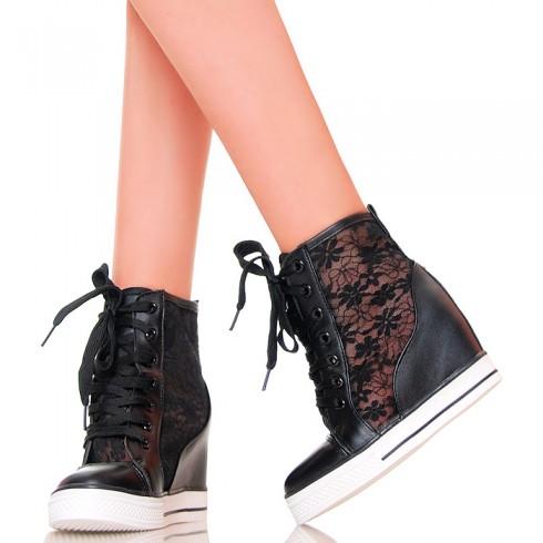 nie - Sneakersy - Czarne Koturny z Koronką