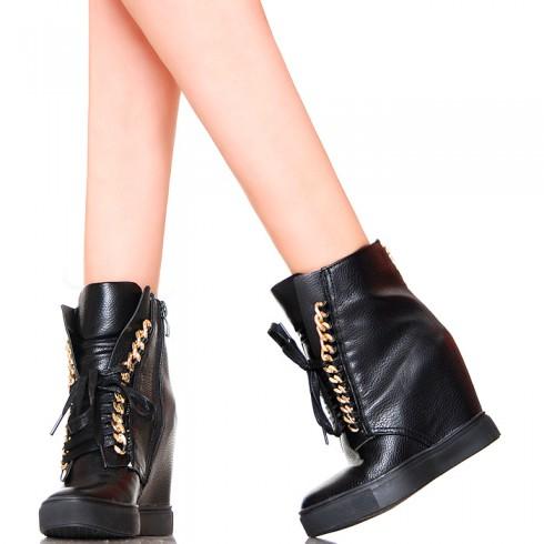 NIE - Sneakersy - Czarne Nietypowe Złoty Łańcuch