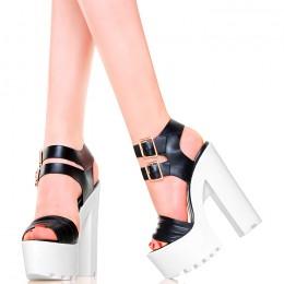 Sandały Czarne Na Białej Platformie Słupki Trapery